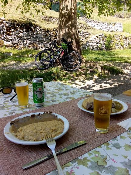 tracciolino: pausa pranzo a Codera